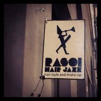 Foto scattata a Rasoi Hair Jazz da Rasoi hair jazz il 11/15/2014