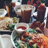 Foto tirada no(a) Saigon Shack por Jennifer B. em 8/11/2013