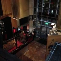Photo prise au Bolt Bistro & Bar par Griffe le11/2/2012