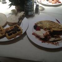 Foto tirada no(a) Williams Island Cafe por Yael B. em 6/16/2013