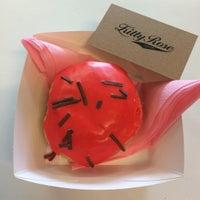 8/14/2015에 Emma K.님이 All Day Donuts에서 찍은 사진
