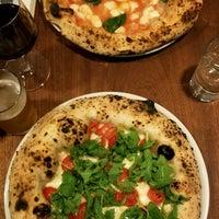 Photo prise au Una Pizza Napoletana par Deepika P. le9/11/2018