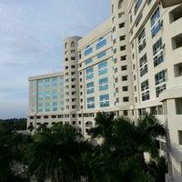 Foto diambil di Seminole Hard Rock Hotel & Casino oleh Eduardo E. G. pada 12/24/2012
