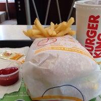 Foto tomada en Burger King por Alepsitap D. el 5/28/2015