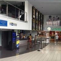 Foto tomada en Cineplanet por Henry S. el 10/12/2012