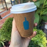 10/13/2018 tarihinde AnnaMartynovaziyaretçi tarafından Blue Bottle Coffee'de çekilen fotoğraf