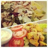 รูปภาพถ่ายที่ Cabbage Patch โดย Julia E. เมื่อ 6/5/2014