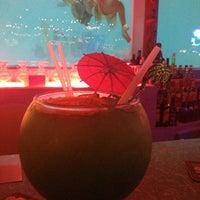 รูปภาพถ่ายที่ Sip 'n Dip Lounge โดย Donna เมื่อ 8/18/2013