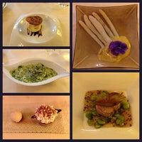 Photo prise au Auberge Napoleon restaurant par Hyunjoo L. le6/26/2013