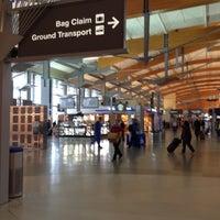 Foto tirada no(a) Raleigh-Durham International Airport (RDU) por Emily S. em 5/2/2013