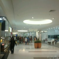 Foto diambil di Boulevard Shopping Campos oleh Caio H. pada 6/16/2013