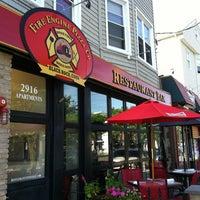 Das Foto wurde bei Fire Engine Pizza Company von Michael D. am 6/23/2013 aufgenommen