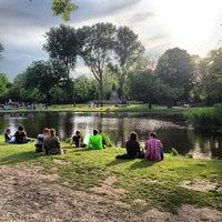 6/17/2013にVisne K.がフォンデル公園で撮った写真