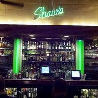 9/23/2012 tarihinde Vincent J.ziyaretçi tarafından Shaw's Crab House'de çekilen fotoğraf