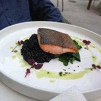 7/11/2013にRebecca L.がTiszavirág Bar & Restaurantで撮った写真