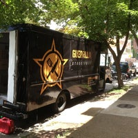 6/29/2013에 Scooney K.님이 Guerrilla Street Food에서 찍은 사진