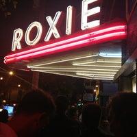 Снимок сделан в Roxie Cinema пользователем Humberto M. 7/14/2013