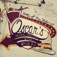 Снимок сделан в Oscars Pub & Grill пользователем John G. 3/9/2013