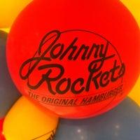 Foto tirada no(a) Johnny Rockets por Marcio C. em 3/28/2014