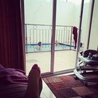 รูปภาพถ่ายที่ Regal Resort منتجع ريقال โดย Amani A. เมื่อ 8/15/2013