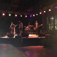 Foto scattata a The Stage On Sixth da Ana_idelsy il 6/22/2013