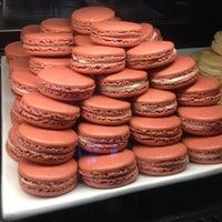 Das Foto wurde bei La Tour Cafe von Korean K. am 6/16/2013 aufgenommen