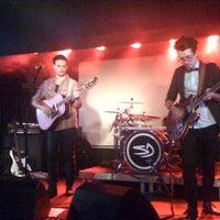 10/24/2012 tarihinde Markéta V.ziyaretçi tarafından Rock Café'de çekilen fotoğraf