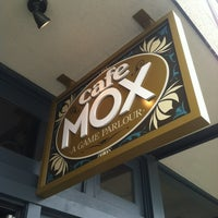 Снимок сделан в Cafe Mox пользователем Lore S. 4/28/2012