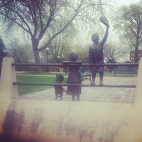 Foto diambil di Riverside Park oleh Shaun F. pada 3/24/2012