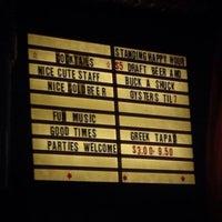 Снимок сделан в Bar Neon пользователем Christopher P. 5/15/2014