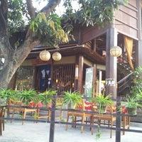 Снимок сделан в Ryoshi Japanese Restaurant пользователем Lee K S 李. 9/17/2012