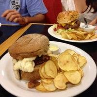 Foto tirada no(a) Burger's Club por Janina B. em 7/24/2013
