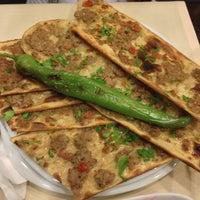 12/1/2012 tarihinde Tolga D.ziyaretçi tarafından Mevlana Etli Ekmek'de çekilen fotoğraf