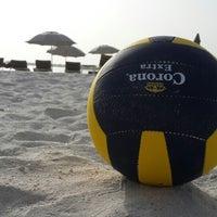 Photo prise au Yas Beach / شاطئ ياس par Abdulrahman A. le6/14/2013