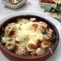 7/20/2013 tarihinde Ebrulim E.ziyaretçi tarafından Vadi Restaurant'de çekilen fotoğraf