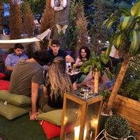 Foto tomada en Cafe De Papel por Dağhan K. el 8/6/2018