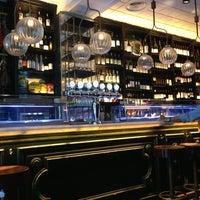 Photo prise au Toto Restaurante & Wine Bar par Silke M. le7/12/2013