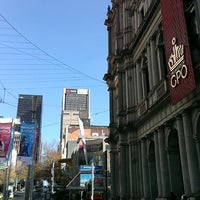 Foto tirada no(a) Melbourne's GPO por Wilson P. em 6/7/2013
