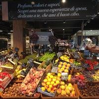 Das Foto wurde bei Carrefour Market von Carrefour market am 9/19/2014 aufgenommen