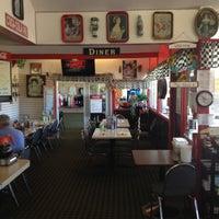 Foto diambil di Jean's Itsy Bitsy Diner oleh Jean's Itsy Bitsy Diner pada 7/9/2013