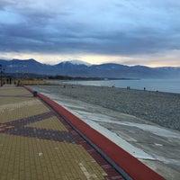 Снимок сделан в Самый южный пляж России пользователем Олег М. 1/6/2015