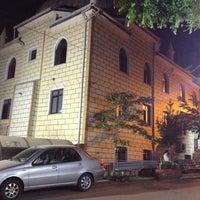 Foto tirada no(a) Santral Mustafa Avni Camii por Coskun K. em 7/24/2013