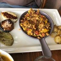 Photo prise au Restaurante Cedrón par Jessalyn C. le2/19/2018
