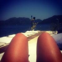 6/27/2013 tarihinde Nese T.ziyaretçi tarafından Palace Beach Club'de çekilen fotoğraf