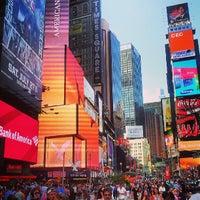 Foto scattata a Times Square da Sebastian H. il 7/15/2013