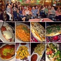 Foto scattata a Antonio's Pizzeria & Italian Restaurant da Erin A. il 8/2/2017