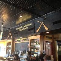 Foto tirada no(a) The Irish Pub por Ambrose W. em 5/29/2013