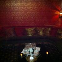 7/14/2013 tarihinde Jonathan S.ziyaretçi tarafından UROPA Nightclub & Lounge'de çekilen fotoğraf