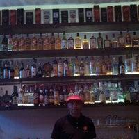 Foto tirada no(a) Bar do Quin por William Baros L. em 6/30/2013