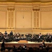 Foto scattata a Stern Auditorium / Perelman Stage at Carnegie Hall da Adele il 3/16/2018